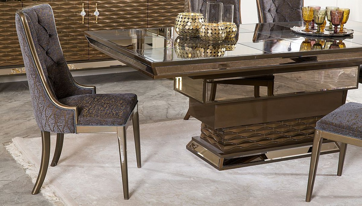 Astora Metal Dining Room