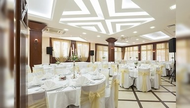 Avenue Wedding Hall Decoration