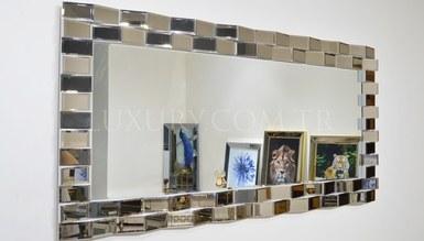 Baha Mirror