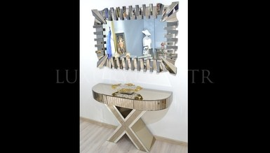 Henares Mirrored Dresser