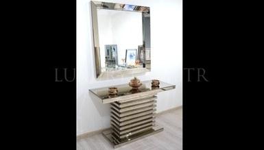 Leon Mirrored Dresser