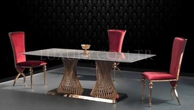 Pavrena Metal Dinner Table