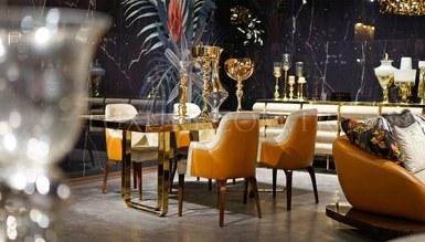 Royeta Metal Dining Room