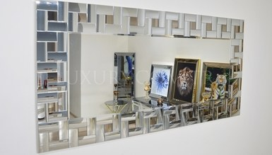Tanura Mirror