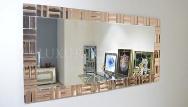 Valensiya Mirror